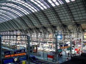 Вокзал во Франкфурте-на-Майне