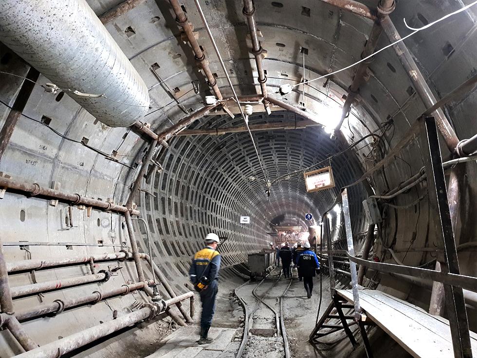 Строительство Лахтинско-Правобережной линии