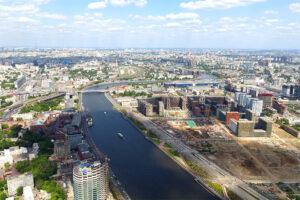 Набережная Марка Шагала в Москве